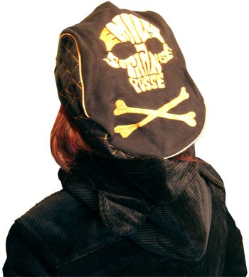 Emily The Strange - Skull Drivers Cap